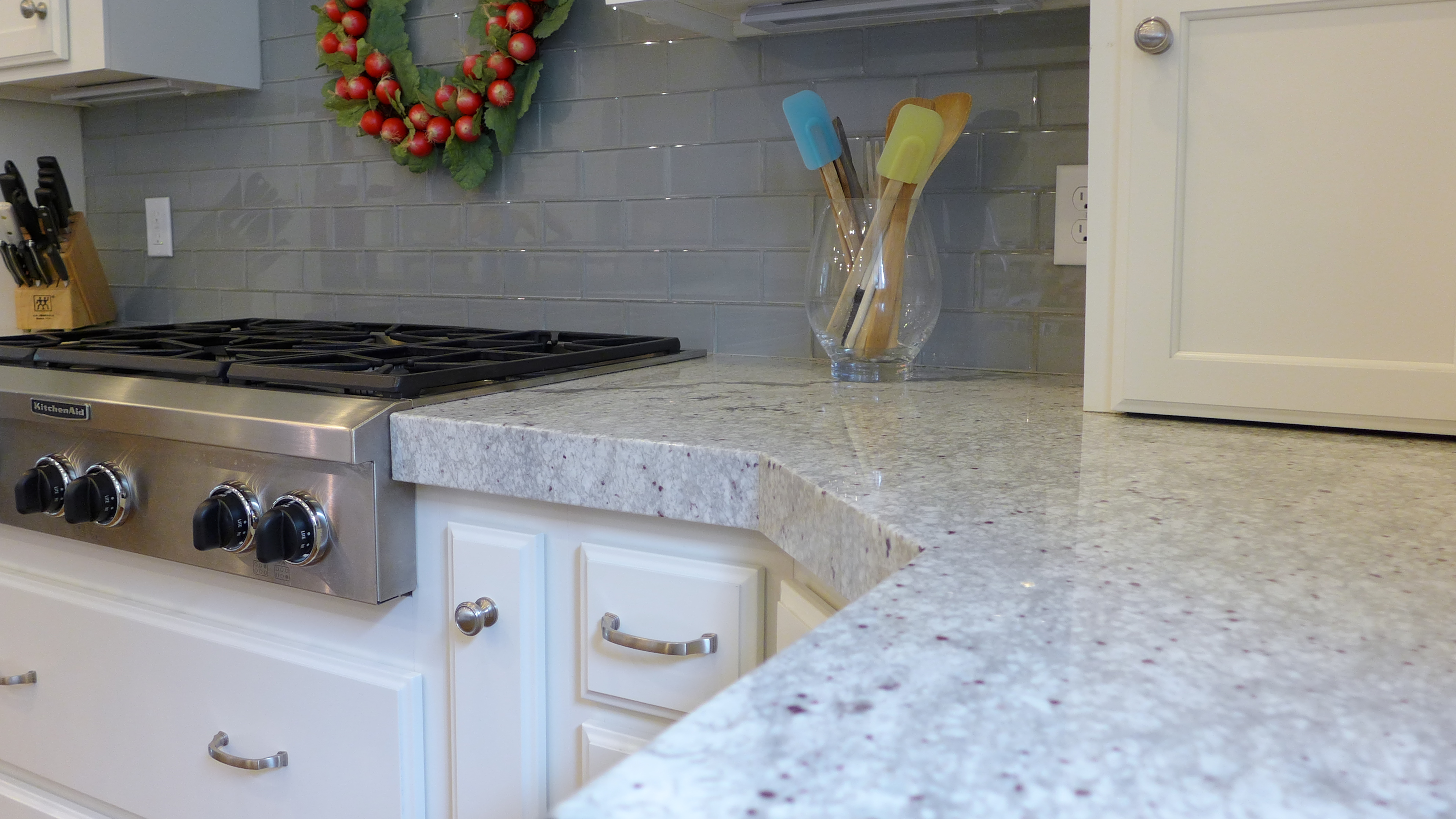 the illusion of an extra-thick slab of material gives your countertop ...